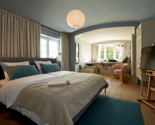 stilwerkhotels Heimhude Appartement Bett: Wittmann (c) stilwerk Foto: T. Baermann