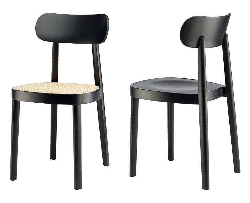 118 Holzstuhl einmal mit Muldensitz, einmal mit Rohrgeflecht der Firma Thonet